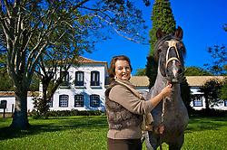Nara Pereira, empresária promissora no mundo business.  Cria gado de corte (ciclo completo, embrião, engorda e corte) e cavalos.  Planta pasto, soja e arroz. Tem cinco fazendas no Rio Grande do Sul. FOTO: Jefferson Bernardes / Preview.com