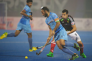 04 GER vs IND : Sardar Singh opposed to Timur Oruz