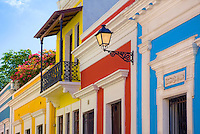 Beautiful Spanish colonial architecture at Calle Sol
