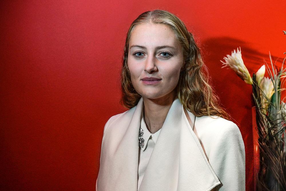 Kristina Mladenovic, n&eacute;e le 14 mai 1993 &agrave; Saint-Pol-sur-Mer, est une joueuse de tennis fran&ccedil;aise, qui poss&egrave;de en plus la nationalit&eacute; serbe. Elle est professionnelle depuis 2008.<br /> Lugano avril 2018<br /> &copy; Nicolas Righetti /Lundi13.ch