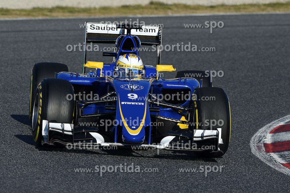 28.02.2015, Circuit de Catalunya, Barcelona, ESP, FIA, Formel 1, Testfahrten, Barcelona, Tag 3, im Bild Marcus Ericsson (SWE) Sauber C34 // during the Formula One Testdrives, day three at the Circuit de Catalunya in Barcelona, Spain on 2015/02/28. EXPA Pictures &copy; 2015, PhotoCredit: EXPA/ Sutton Images/ Mark Images<br /> <br /> *****ATTENTION - for AUT, SLO, CRO, SRB, BIH, MAZ only*****