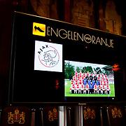 NLD/Amsterdam/20100328 - Veiling voor Engelen van Oranje,