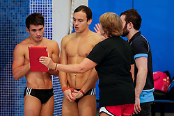 Tom Daley from Dive London Aquatics Club (2L) and his new 10m Synchro partner Daniel Goodfellow from Plymouth Diving (L) talk to coach Jane Figueiredo - Mandatory byline: Rogan Thomson/JMP - 23/01/2016 - DIVING - Southend Swimming & Diving Centre - Southend-on-Sea, England - British National Diving Cup Day 2.