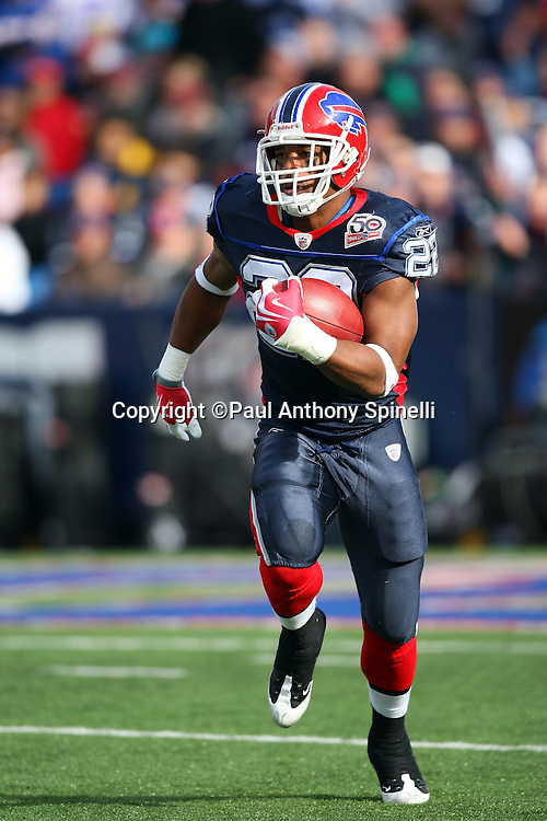 Buffalo Bills kick returner Fred Jackson (22) returns a kickoff during the NFL football game against the Houston Texans, November 1, 2009 in Orchard Park, New York. The Texans won the game 31-10. (©Paul Anthony Spinelli)