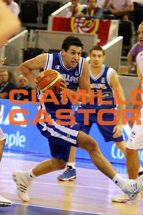 DESCRIZIONE : Madrid Spagna Spain Eurobasket Men 2007 Spagna Grecia Spain Greece<br />GIOCATORE : Dimitrios Diamantidis<br />SQUADRA : Grecia Greece<br />EVENTO : Eurobasket Men 2007 Campionati Europei Uomini 2007 <br />GARA : Spagna Grecia Spain Greece<br />DATA : 07/09/2007 <br />CATEGORIA : Palleggio<br />SPORT : Pallacanestro <br />AUTORE : Ciamillo&amp;Castoria/G.Ciamillo <br />Galleria : Eurobasket Men 2007 <br />Fotonotizia : Madrid Spagna Spain Eurobasket Men 2007 Spagna Grecia Spain Greece<br />Predefinita :