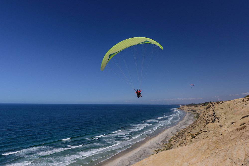 Paragliding, The Torrey Pines Gliderport ,  La Jolla, San Diego, California