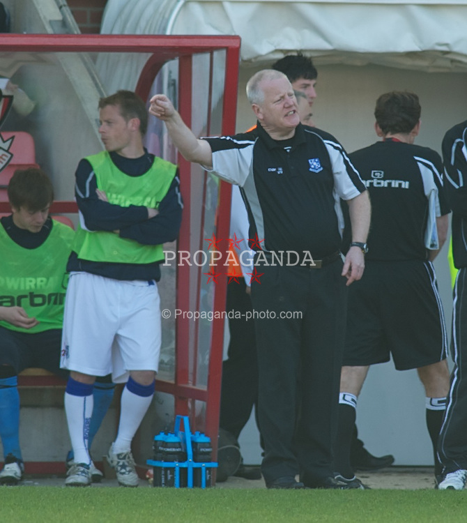 BOURNEMOUTH, ENGLAND - Saturday, April 9, 2011: Tranmere Rovers' Manager Les Parry points the finger from the dugout during the Football League One match at the Dean Court Stadium. (Photo by Gareth Davies/Propaganda)