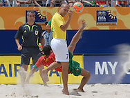 Football-FIFA Beach Soccer World Cup 2006 - Semi-final -BRA_POR -Alan-POR- tries a overhead kick next to Sidney-BRA - Rio de Janeiro - Brazil 11/11/2006<br />