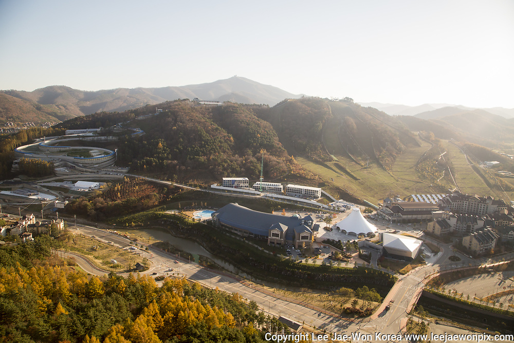 Olympic Sliding Centre and Media Village, Oct 30, 2017 : Olympic Sliding Centre (top L) and Media Village of the 2018 PyeongChang Winter Olympics are seen in PyeongChang, east of Seoul, South Korea. The 23rd Winter Olympics will be held for 17 days from February 9 - 25, 2018. The opening and closing ceremonies and most snow sports will take place in PyeongChang county. Jeongseon county will host Alpine speed events and ice sports will be held in the coast city of Gangneung. Photo by Lee Jae-Won (SOUTH KOREA) www.leejaewonpix.com