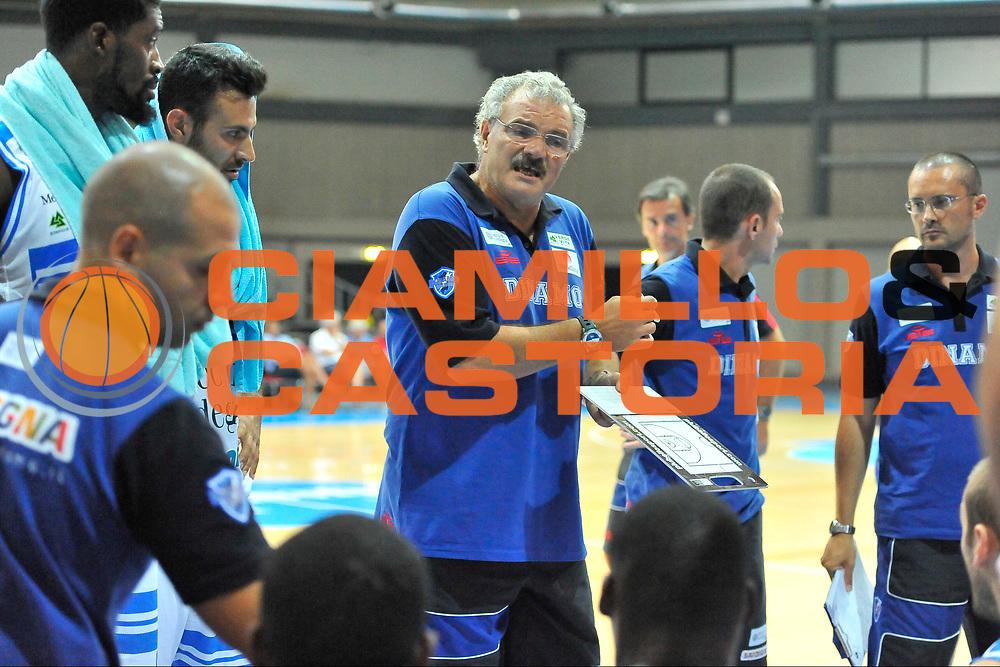 DESCRIZIONE : Torneo Internazionale Geovillage Olbia Dinamo Banco di Sardegna Sassari - Darussafaka Bogus<br /> GIOCATORE : Romeo Sacchetti<br /> CATEGORIA : Allenatore Coach Time Out<br /> SQUADRA : Dinamo Banco di Sardegna Sassari<br /> EVENTO : Torneo Internazionale Geovillage Olbia<br /> GARA : Dinamo Banco di Sardegna Sassari - Darussafaka Bogus<br /> DATA : 06/09/2014<br /> SPORT : Pallacanestro <br /> AUTORE : Agenzia Ciamillo-Castoria / Luigi Canu<br /> Galleria : Precampionato 2014/2015<br /> Fotonotizia : Torneo Internazionale Geovillage Olbia Dinamo Banco di Sardegna Sassari - Darussafaka Bogus<br /> Predefinita :