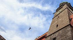 THEMENBILD - Profislackliner Christian Waldner während der Golden Roof Challenge, aufgenommen am 26. Mai 2016, Innsbruck, Österreich // professional slackliner Christian Waldner during Golden Roof Challenge in Innsbruck, Austria on 2016/05/26. EXPA Pictures © 2016, PhotoCredit: EXPA/ Jakob Gruber