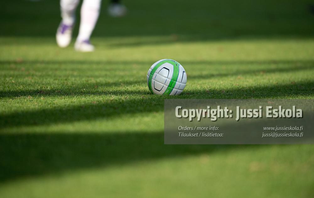 Pallo. TPS - Inter. Veikkausliiga. Turku, 13.5.2013. Photo: Jussi Eskola