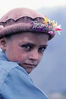 Chitrali boy, Chitral area, Khyber Pakhtunkhwa, Pakistan // Pakistan, Khyber Pakhtunkhwa, Chitral, enfant chitrali