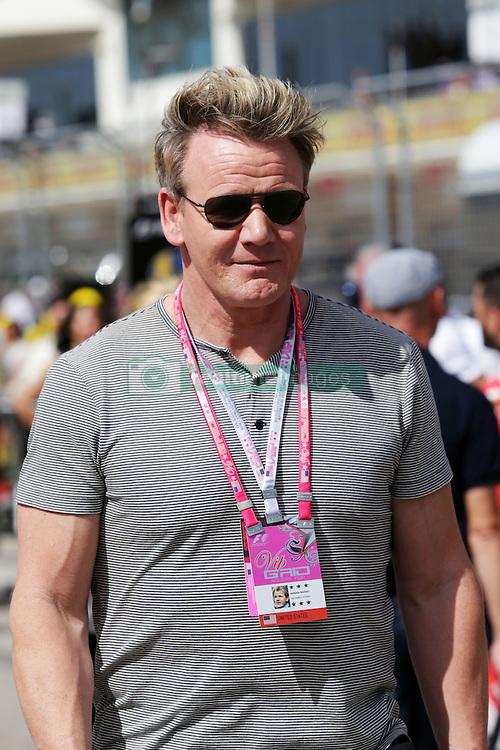 Formel 1: Grosser Preis der USA in Austin, Renntag / 231016<br /> <br /> ***Gordon Ramsey (GBR) Celebrity Chef on the grid.<br /> 23.10.2016. Formula 1 World Championship, Rd 18, United States Grand Prix, Austin, Texas, USA, Race Day.<br /> ***