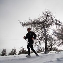 Tests de s&eacute;lection GCM (Groupe Commando Montagne) organis&eacute;s par les chasseurs alpins du 4eRCh. Epreuves physiques et sportives, tir, descente en rappel et marches nocturnes.  <br /> F&eacute;vrier 2017 / Gap (05) / FRANCE