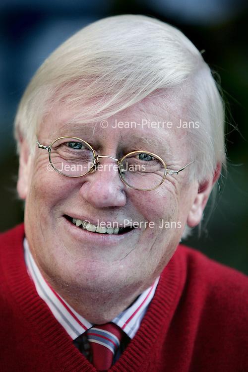 Nederland, Heeze , 25 september 2009..Hans Wiegel (Amsterdam, 16 juli 1941) is een Nederlands voormalig politicus voor de VVD. Hij is voorzitter van de Zorgverzekeraars Nederland en bekleedt nog diverse andere (neven)functies..Liberal right wing politician Hans Wiegel, former minister and Queen's Commissioner in Friesland is now president of the Health insurers of the Netherlands.