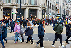© Licensed to London News Pictures. 23/11/2018. LONDON, UK.  Shoppers in Oxford Street on Black Friday.  Photo credit: Cliff Hide/LNP