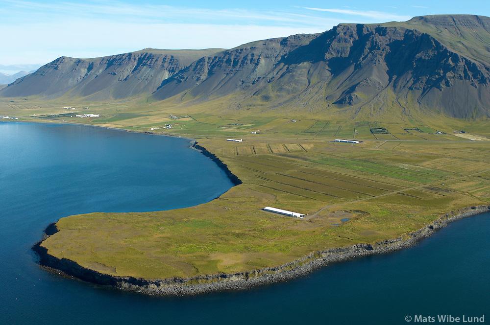 Brímnes, Vörðumelur, Stjörnugris svínarækt, Kjalarnes séð til norðurs, Reykjavík /.Brimnes, Vordumelur, Kjalarnes viewing north, Reykjavik