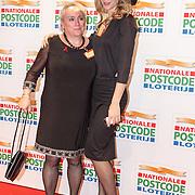 NLD/Amsterdam/20160126 - Goed Gala 2016, Nicolette Kluijver en Louise van Deth