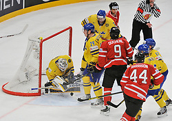 01.05.2013, Globe Arena, Stockholm, SWE, IIHF, Eishockey WM, Vorberichte, im Bild Sverige Sweden 1 Goalkeeper Jhonas Enroth räddar // during the IIHF Icehockey World Championship Game between Canada and Sweden at the Ericsson Globe, Stockholm, Sweden on 2013/05/16. EXPA Pictures © 2013, PhotoCredit: EXPA/ PicAgency Skycam/ Simone Syversson..***** ATTENTION - OUT OF SWE *****
