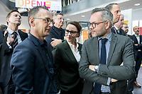 14 NOV 2018, POTSDAM/GERMANY:<br /> Heiko Maas, SPD, Bundesaussenminister, Michelle Muentefering, SPD, Staatsministerin im Auswaertigen Amt, und Michael Roth; SPD, Staatsminister im Auswaertigen Amt, (v.L.n.R.), waehrend einer Praesentation des HPI im Rahmen der Klausurtagung des Bundeskabinetts, Hasso Plattner Institut (HPI), Potsdam-Babelsberg<br /> IMAGE: 20181114-01-070<br /> KEYWORDS; Kabinett, Klausur, Tagung, Michelle Müntefering