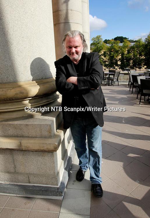 Oslo  20100910.<br /> Jon Fosse, dramatiker og vinner av Den Internasjonale Ibsenprisen 2010, deltok p&Acirc; en pressekonferanse i forbindelse med tildelingen fredag.<br /> Foto: Erlend Aas / Scanpix<br /> <br /> NTB Scanpix/Writer Pictures<br /> <br /> WORLD RIGHTS, DIRECT SALES ONLY, NO AGENCY