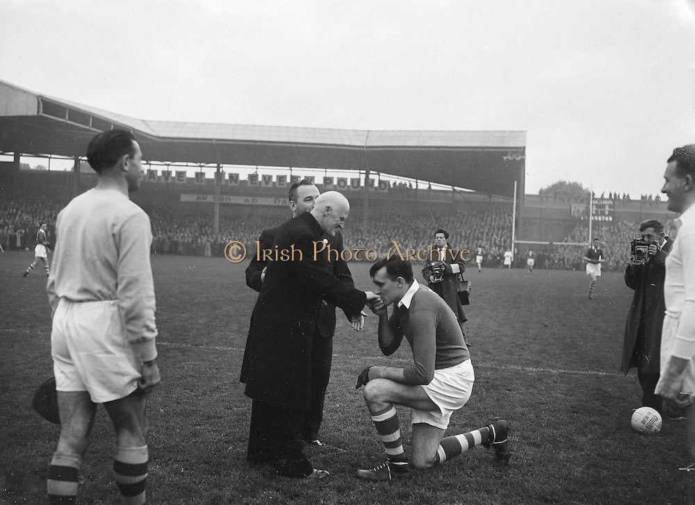 All Ireland Senior Football Championship Final, Cork v Galway, Galway 2-13 Cork 3-7,.07.10.1956, 10.07.1956, 7th October 1956, 7101956AISFCF,.