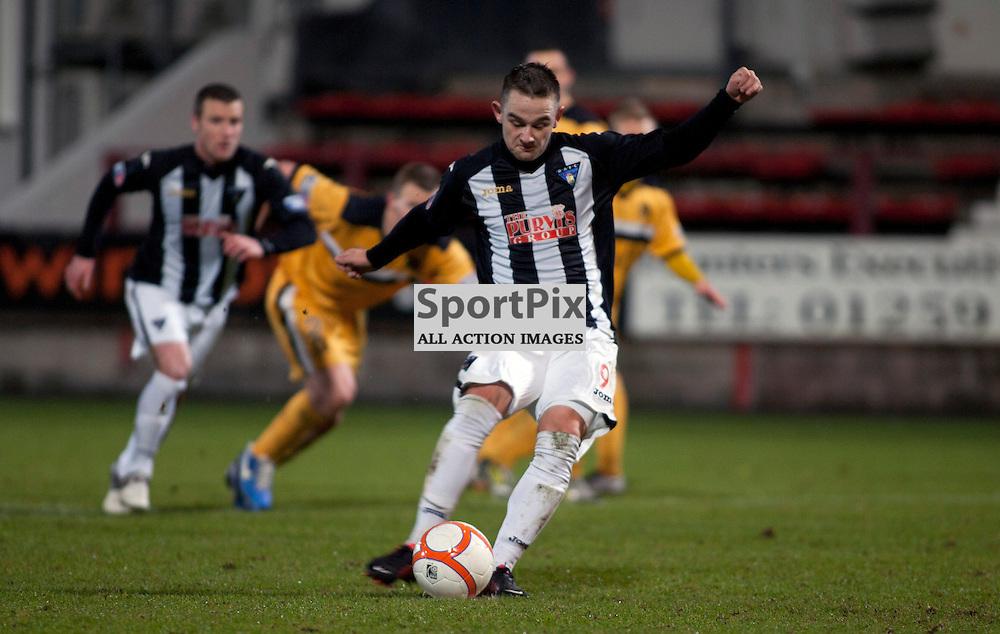 Ryan Wallace (Dunfermline) scores from the penalty spot. Dunfermline v Dumbarton Scottish Division 1 Saturday 24 November 2012. (c) Russell Sneddon | StockPix.eu