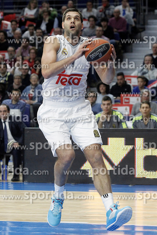 28.01.2016, Palacio de los Deportes, Madrid, ESP, FIBA, EL, Real Madrid vs Olympiacos PiraeusPlayoff, 5. Spiel, im Bild Real Madrid's Felipe Reyes // during the 5th Playoff match of the Turkish Airlines Basketball Euroleague between Real Madrid and Olympiacos Piraeus at the Palacio de los Deportes in Madrid, Spain on 2016/01/28. EXPA Pictures &copy; 2016, PhotoCredit: EXPA/ Alterphotos/ Acero<br /> <br /> *****ATTENTION - OUT of ESP, SUI*****
