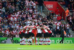 Southampton huddle in prior to kick off. - Mandatory by-line: Alex James/JMP - 13/05/2018 - FOOTBALL - St Mary's Stadium - Southampton, England - Southampton v Manchester City - Premier League
