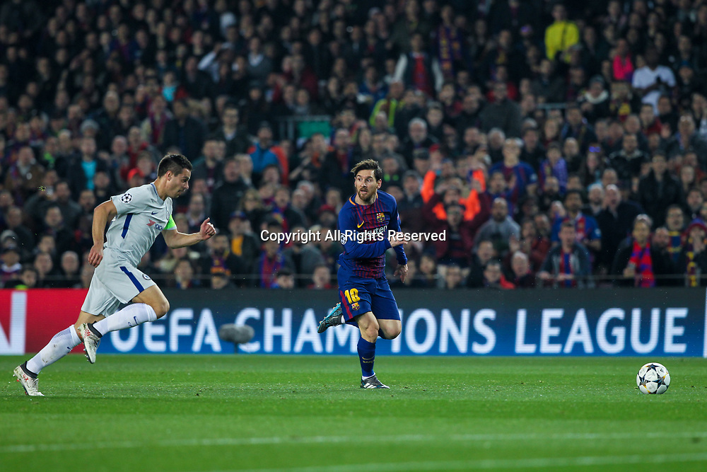 14th March 2018, Camp Nou, Barcelona, Spain; UEFA Champions League football, round of 16, 2nd leg, FC Barcelona versus Chelsea; Lionel Messi, #10 of Barcelona drives forward chased by Cesar Azpilicueta of Chelsea