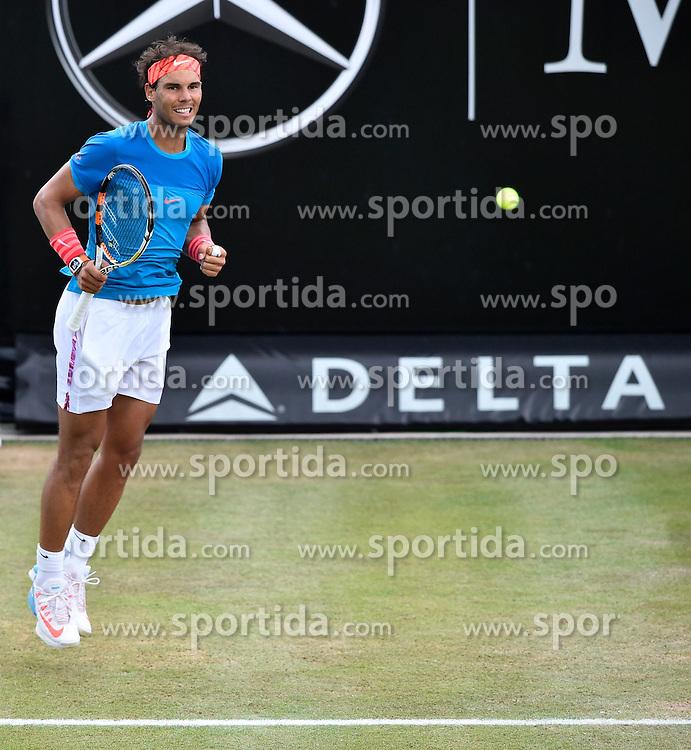 13.06.2015, Tennis Club Weissenhof, Stuttgart, GER, ATP Tour, Mercedes Cup Stuttgart, Halbfinale, im Bild Rafael Nadal (ESP) Aktion Schlussjubel Jubel jubelt Freude Emotion nach gewonnenem Match // during the half finals of Mercedes Cup of ATP world Tour at the Tennis Club Weissenhof in Stuttgart, Germany on 2015/06/13. EXPA Pictures &copy; 2015, PhotoCredit: EXPA/ Eibner-Pressefoto/ Weber<br /> <br /> *****ATTENTION - OUT of GER*****