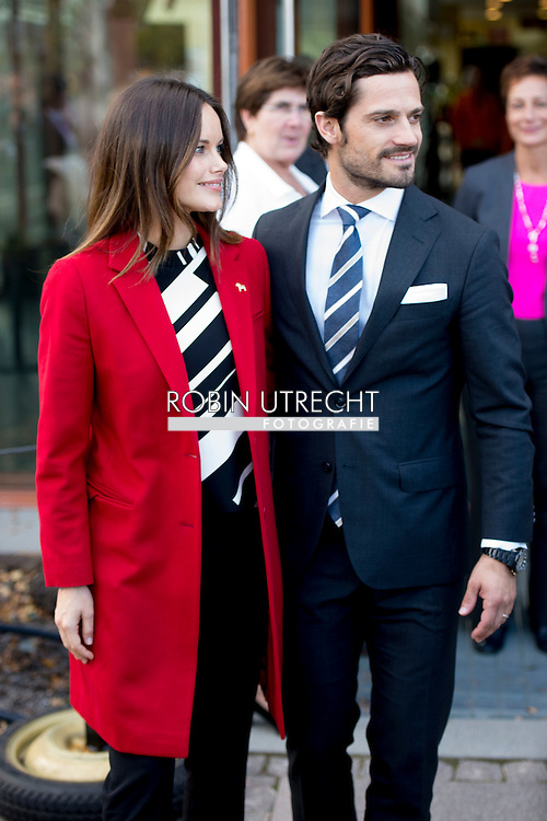 5-10-2015 FALUN - Visit to the world heritage Falun Mine. Visit to the factory Falu R&ouml;df&auml;rg. Prince Carl Philip and H.K.H. the Princess Sofia will visit two days the county of Dalarna 5-6 October 2015<br /> COPYRIGHT ROBIN URECHT