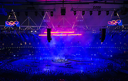 27.07.2012, Olympia Park, London, GBR, Olympia 2012, Eroeffungsfeier, im Bild Uebersicht auf das Showprogramm der Eroeffnung // overview of th show programm during opening ceremony at the 2012 Summer Olympics at Olympic Park London, United Kingdom on 2012/07/27. EXPA Pictures © 2012, PhotoCredit: EXPA/ Johann Groder