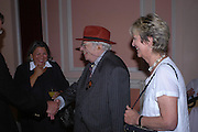 George Melly and Diana Melly. Book launch of Take A Girl Like Me - Life With George by Diana Melly. The Polish Club. Exhibition Rd. London. 21 July 2005. ONE TIME USE ONLY - DO NOT ARCHIVE  © Copyright Photograph by Dafydd Jones 66 Stockwell Park Rd. London SW9 0DA Tel 020 7733 0108 www.dafjones.com