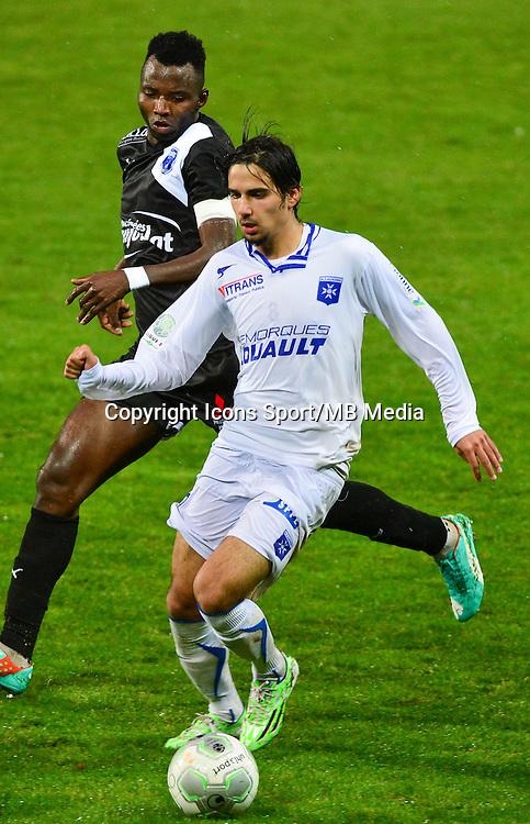 Samed KILIC / Djiman KOUKOU   - 19.12.2014 - Auxerre / Niort - 18e journee Ligue 2<br /> Photo : Dave Winter / Icon Sport