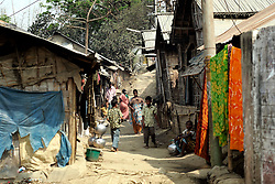 BANGLADESH CHITTAGONG 9MAR05 - General view of slum area in Motighorna, Pahartuli, Chittagong, near St. Anthony's Free School. This is a very impoverished area of Chittagong where landless peasants come to dwell...jre/Photo by Jiri Rezac..© Jiri Rezac 2005..Contact: +44 (0) 7050 110 417.Mobile:  +44 (0) 7801 337 683.Office:  +44 (0) 20 8968 9635..Email:   jiri@jirirezac.com.Web:    www.jirirezac.com..© All images Jiri Rezac 2005 - All rights reserved.