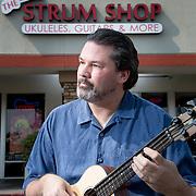Ukulele Magazine & The Strum Shop 092214