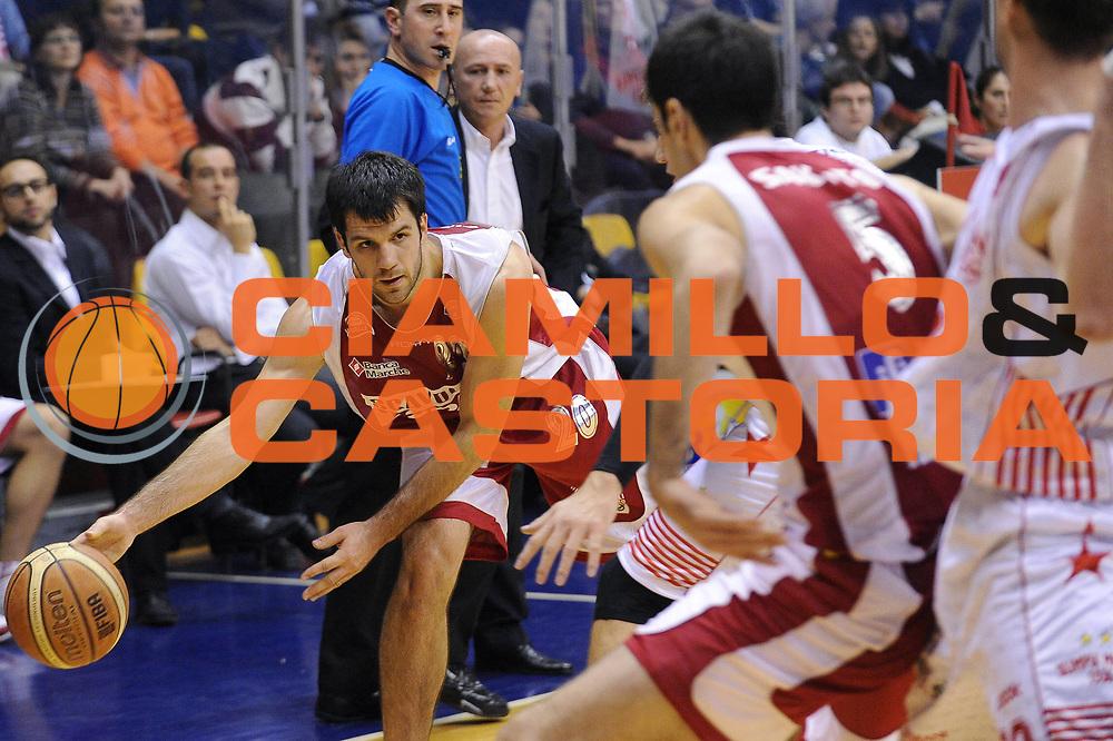 DESCRIZIONE : Milano Lega A 2009-10 Armani Jeans Milano Scavolini Spar Pesaro<br /> GIOCATORE : Branko Cvetkovic<br /> SQUADRA : Scavolini Spar Pesaro<br /> EVENTO : Campionato Lega A 2009-2010<br /> GARA : Armani Jeans Milano Scavolini Spar Pesaro<br /> DATA : 29/11/2009<br /> CATEGORIA : passaggio<br /> SPORT : Pallacanestro<br /> AUTORE : Agenzia Ciamillo-Castoria/A.Dealberto<br /> Galleria : Lega Basket A 2009-2010<br /> Fotonotizia : Milano Campionato Italiano Lega A 2009-2010 Armani Jeans Milano Scavolini Spar Pesaro<br /> Predefinita :