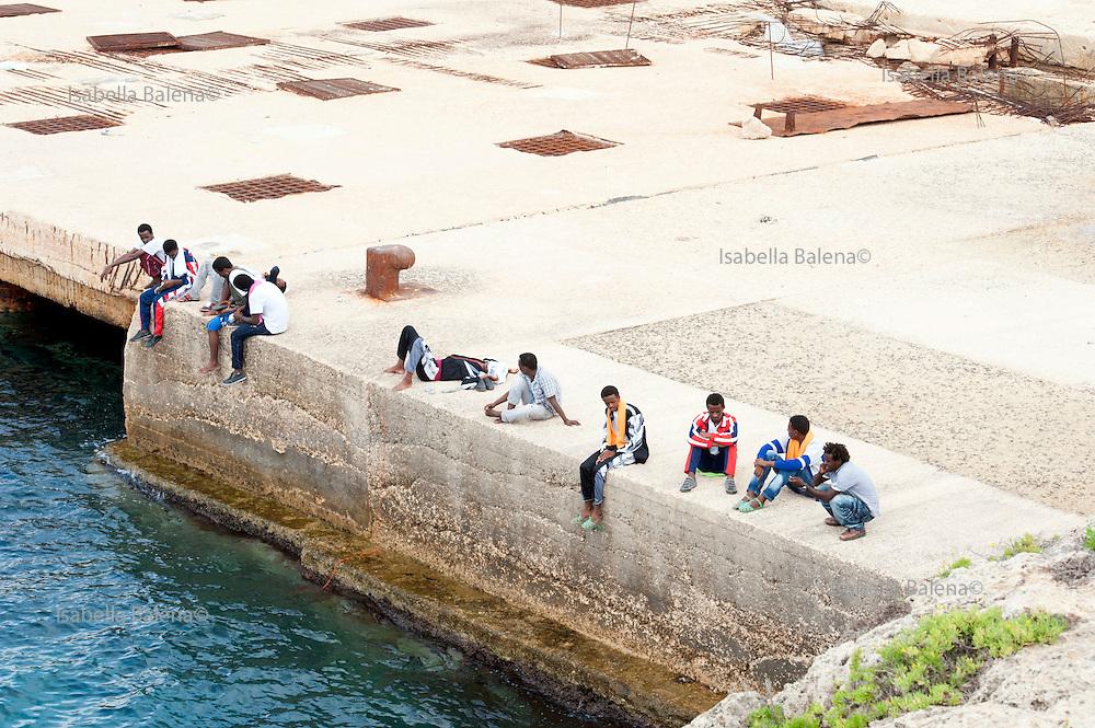 Lampedusa, Sicilia, ott 2013. Lampedusa Island, Sicily, Italy, oct 2013. Migranti, migrants