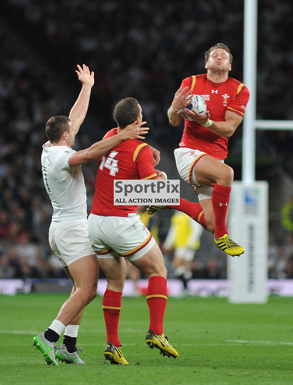 Liam Williams of Wales during the IRB RWC 2015 Pool A match between England and Wales at Twickenham Stadium on Saturday 26 September 2015, London, England. (c) Ian Nancollas | SportPix.org.uk