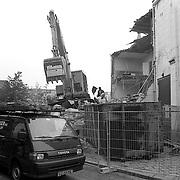 NLD/Bussum/19920820 - Sloop van de Irenestudio Kerkstraat Bussum