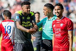 24-09-2017 NED: FC Utrecht - PSV, Utrecht<br /> Scheidsrechter Serdar Gozubuyuk in discussie met J&uuml;rgen Locadia #19 of PSV