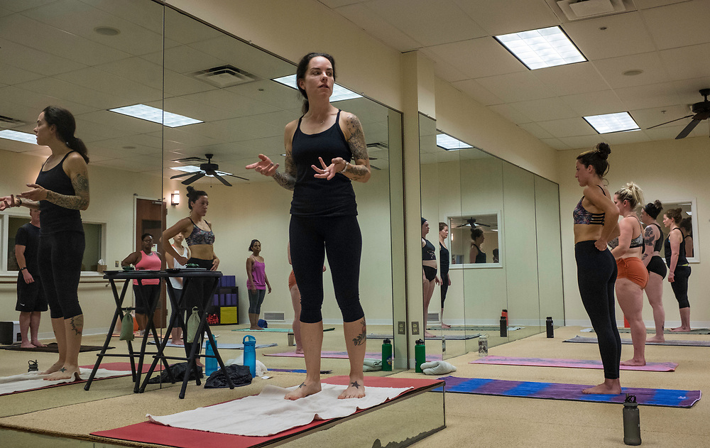 COLUMBIA, MD -- 9/9/17 -- Jena Blackwood teaches at BYC.…by André Chung #_AC39728