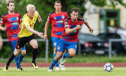 18.07.2017, Sportzentrum, Wörgl, AUT, Testspiel, Watford FC vs Viktoria Pilsen, am Dienstag, 18. Juli 2017, während dem Testspiel zwischen FC Watford und Viktoria Pilsen in Wörgl, im Bild vl. Will Hughes (Watford FC), Andreas Ivanschitz (FC Viktoria Pilzen) // during a friendly football match between Watford FC and Viktoria Pilsen at the Sportzentrum in Wörgl, Austria on 2017/07/18. EXPA Pictures © 2017, PhotoCredit: EXPA/ Stefan Adelsberger