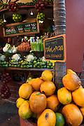 Israel, Tel Aviv, An outdoor fruit juice stall in David Ben Gurion Boulevard and Dizengoff street .