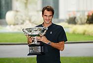 ROGER FEDERER mit Pokal, Royal Exhibition Building <br /> <br /> Australian Open 2017 -  Melbourne  Park - Melbourne - Victoria - Australia  - 30/01/2017.