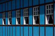 Santa Maria de Jetiba_ES, Brasil...Sede da prefeitura e camara municipal de Santa Maria de Jetiba, com arquitetura em estilo Enxaimel...A hall and municipal chamber in Santa Maria de Jequiba, with architecture in Enxaimel style. ..Foto: LEO DRUMOND / NITRO