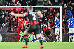 Goal, Junior Stanislas of Bournemouth scores the equaliser, Bournemouth 2-2 Everton - Mandatory by-line: Jason Brown/JMP - Mobile 07966 386802 28/11/2015 - SPORT - FOOTBALL - Bournemouth, Vitality Stadium - AFC Bournemouth v Everton - Barclays Premier League
