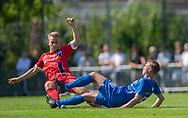 Anders Holst (FC Helsingør) i tackling med Jonas Jakobsen (Skovshoved IF) under kampen i 2. Division mellem Skovshoved IF og FC Helsingør den 3. august 2019 i Skovshoved Idrætspark (Foto: Claus Birch)